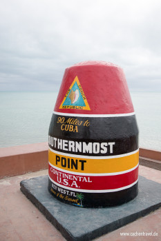 "Southernmost Point ""90 miles to Cuba"""